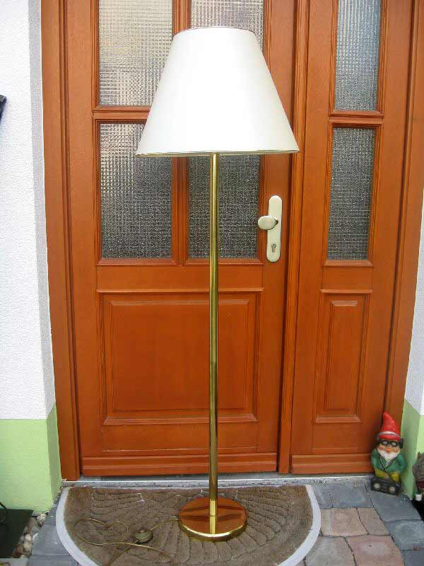 wundersch ne stehlampe mit gro em schirm ebay. Black Bedroom Furniture Sets. Home Design Ideas