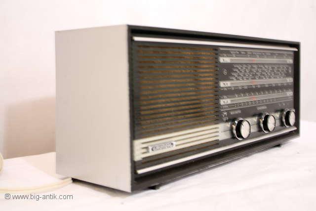 Schoenes-nostalgisches-Radio-GRUNDIG-Type-RF-110-a-ALLTRANSISTOR-60er-Jahre