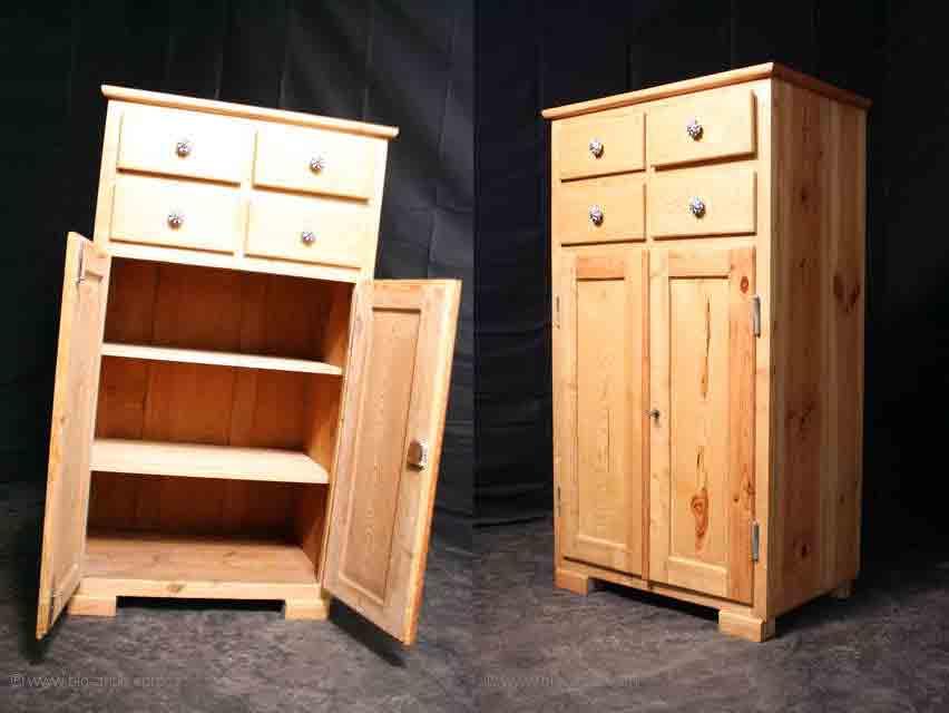 wundersch ner antiker landhaus k chenschrank vertiko. Black Bedroom Furniture Sets. Home Design Ideas