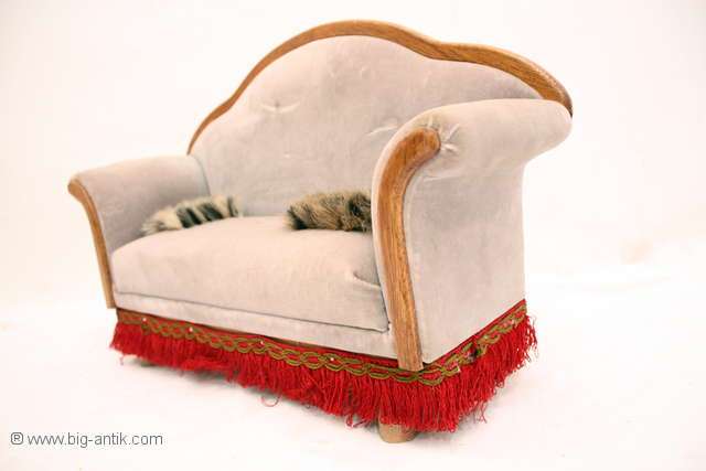 zauberhaftes puppensofa puppenliege biedermeier stil polster m bel liege ebay. Black Bedroom Furniture Sets. Home Design Ideas
