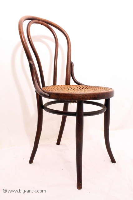 wundersch ner antiker bugholz stuhl runder sitzfl che. Black Bedroom Furniture Sets. Home Design Ideas