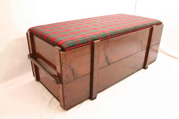 sehr gro e antike seemannskiste sitztruhe sitzbank ebay. Black Bedroom Furniture Sets. Home Design Ideas